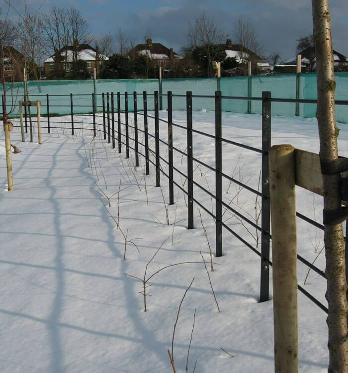 domestic fencing to industrial, commercial and security fencing