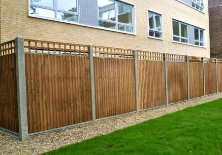 Residential fencing specialists in bedfordshire
